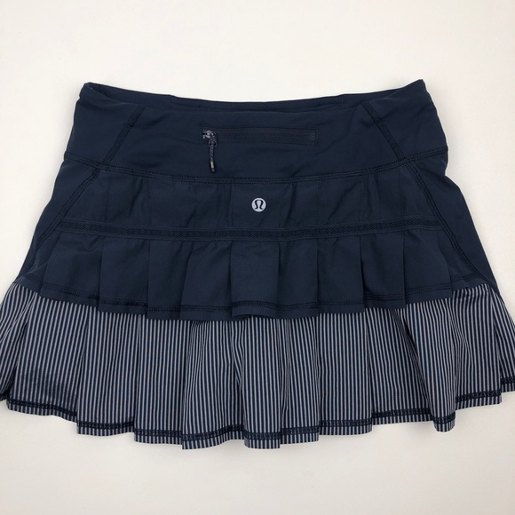 lululemon athletica Dresses & Skirts - Lululemon Run Pace Setter Skirt Inkwell